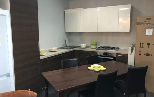 Modello Cucine 10